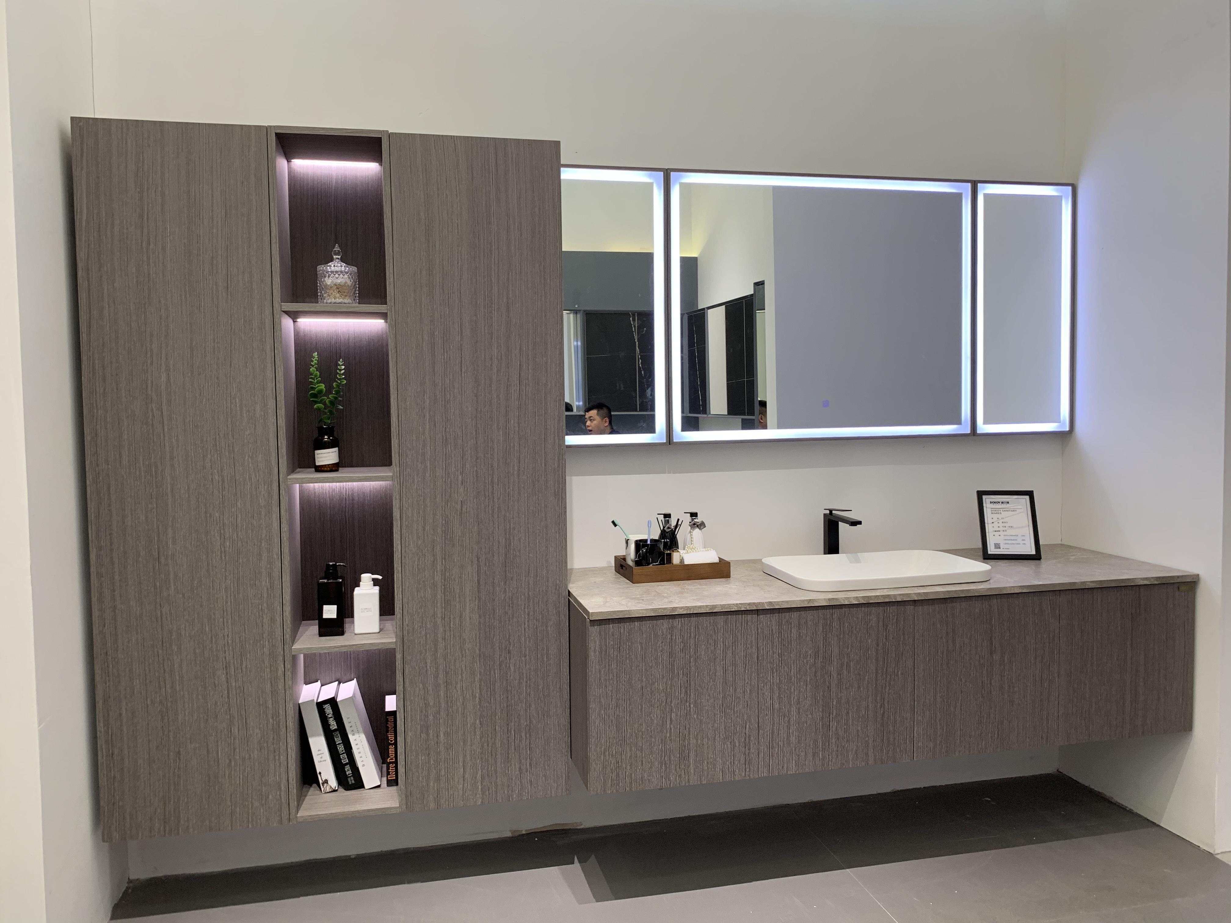 迪尔雅去风格化产品,实木打造,浴室柜专业定制,不同需求不同风格