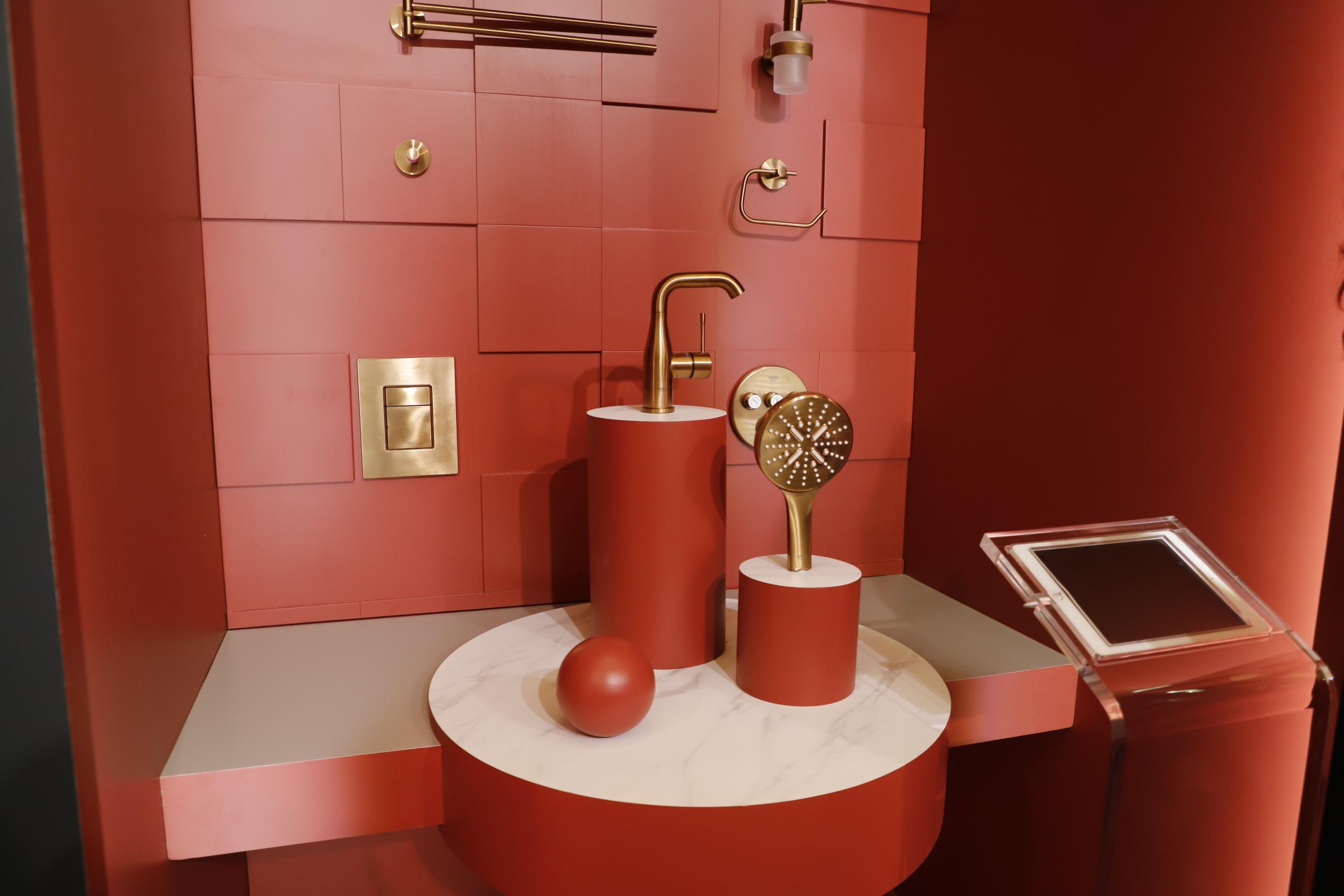 高仪:高仪色彩,自由选择,今年的高仪卫浴主打亮眼色彩系,尤为吸人眼球。