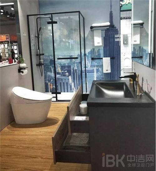 2019广交会:欧路莎卫浴让世界感受中国智造的魅力383.jpg