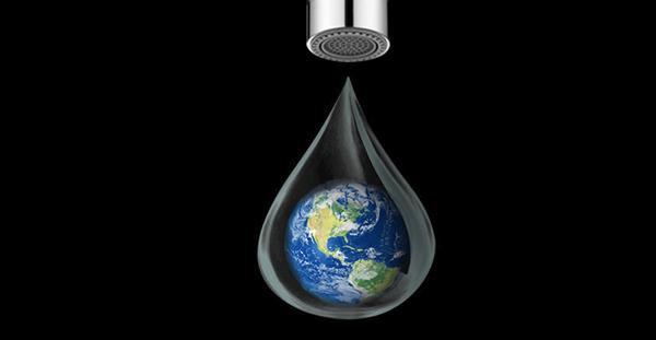 水滴里的地球.jpg