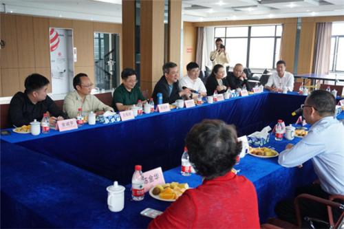 第24届中国国际厨卫展台州市智能马桶企业家座谈会在上海欧路莎召开294.jpg