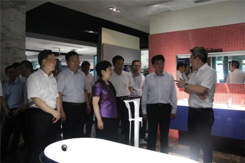 吉林省通化市党政代表团前来欧路莎参观调研269.jpg