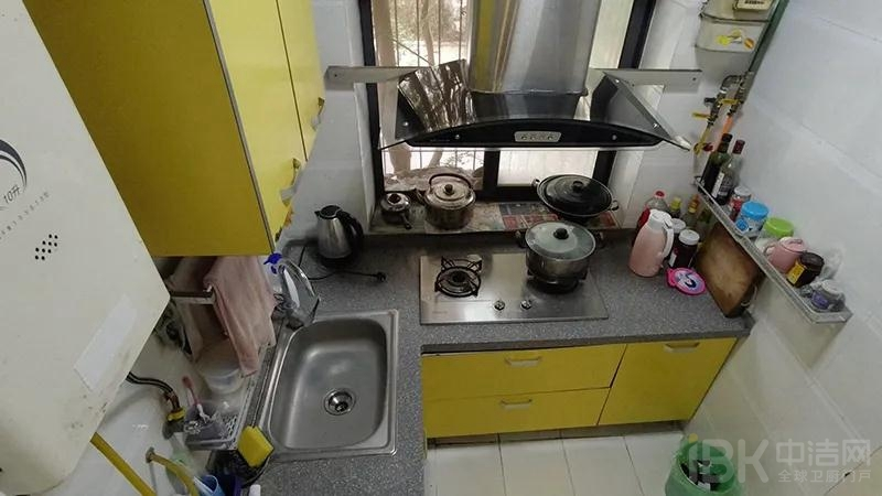 5厨房 改造前.jpg
